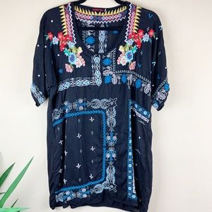 Johnny Was Rayon Embroidered Black Tunic Size S